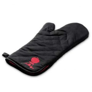 BARBECUE MITT WITH RED KETTLE